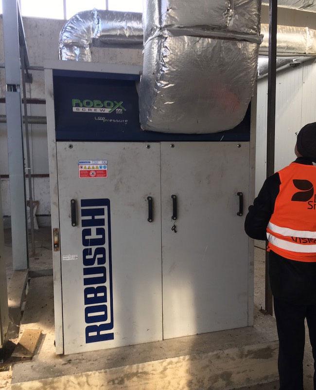 Винтова въздуходувка в ПСОВ към завод за опаковъчни материали